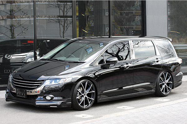 Тюнинг-пакет MzSPEED Grace Line Honda Odyssey /с 2011/